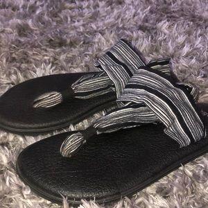 Sanuk Striped Yoga Sandals